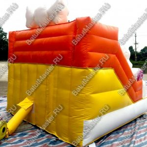 Надувная горка «Сладкий замок», размер 3.5х3х2.5 м.