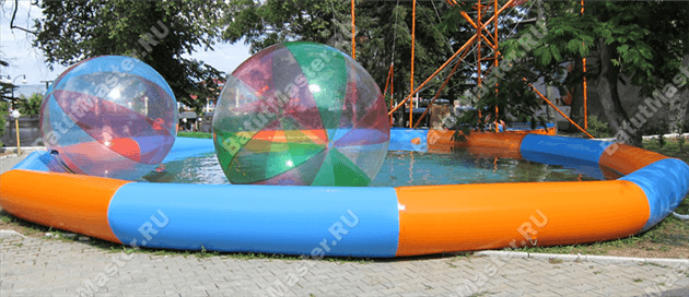0101waterpool_balls