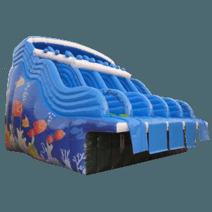 прыжок в море водная горка