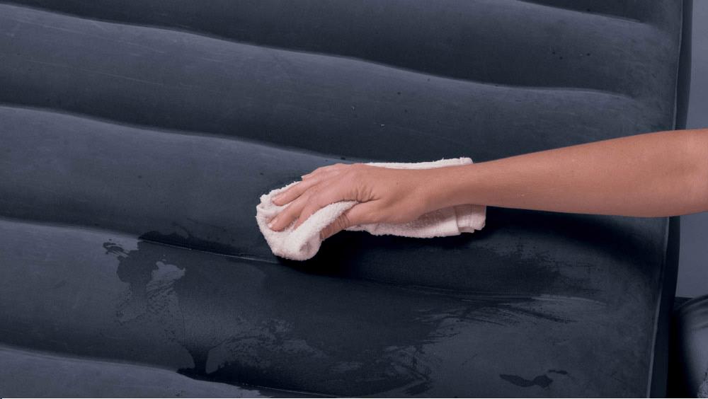 чистка надувного батута